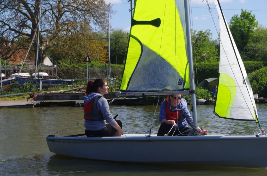 Adult-Sailing-Course-25