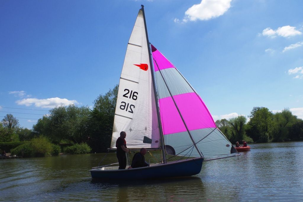 Adult-Sailing-Course-27